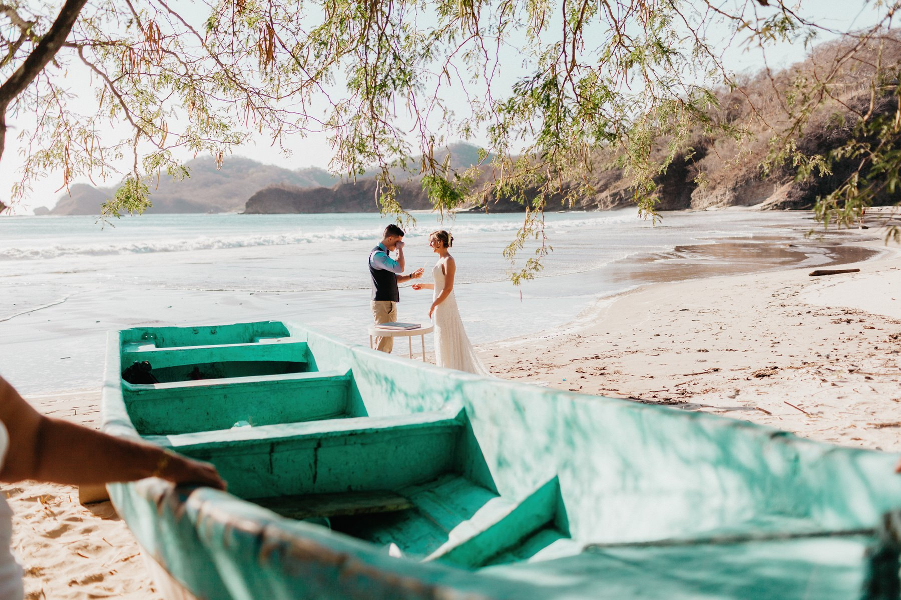 Photography of Beach Elopement wedding  in Costa Rica.