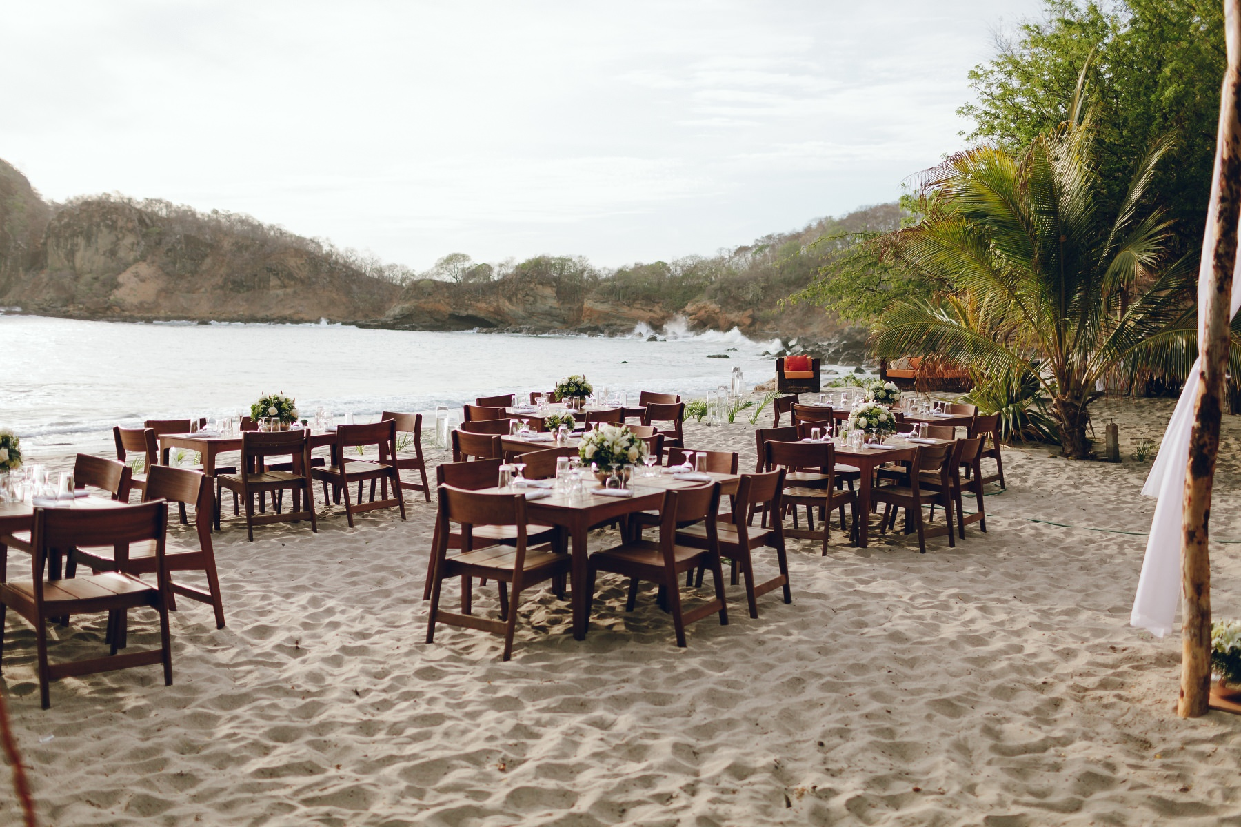 Wedding details - tables on the sand Aqua resort