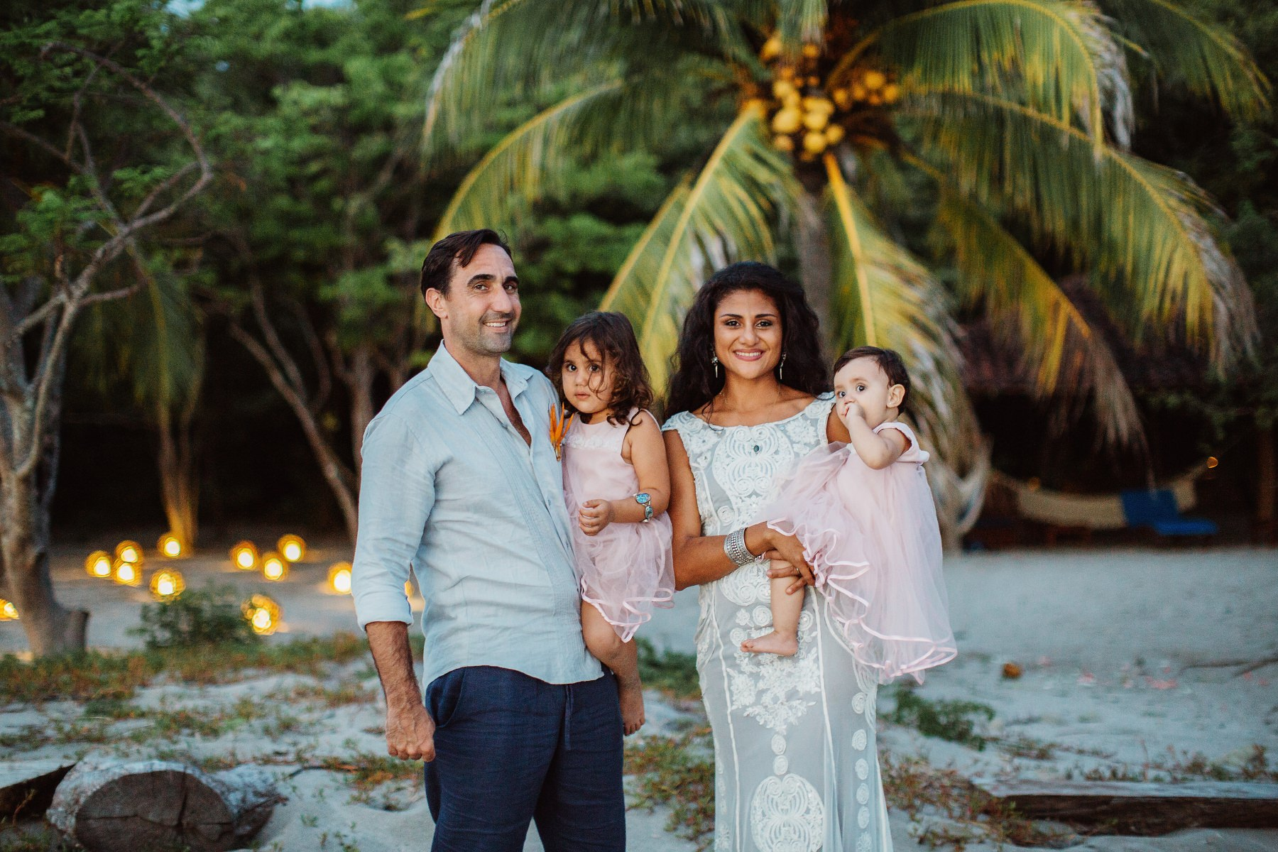 Costa Rica Family photography at the beach - wedding photography