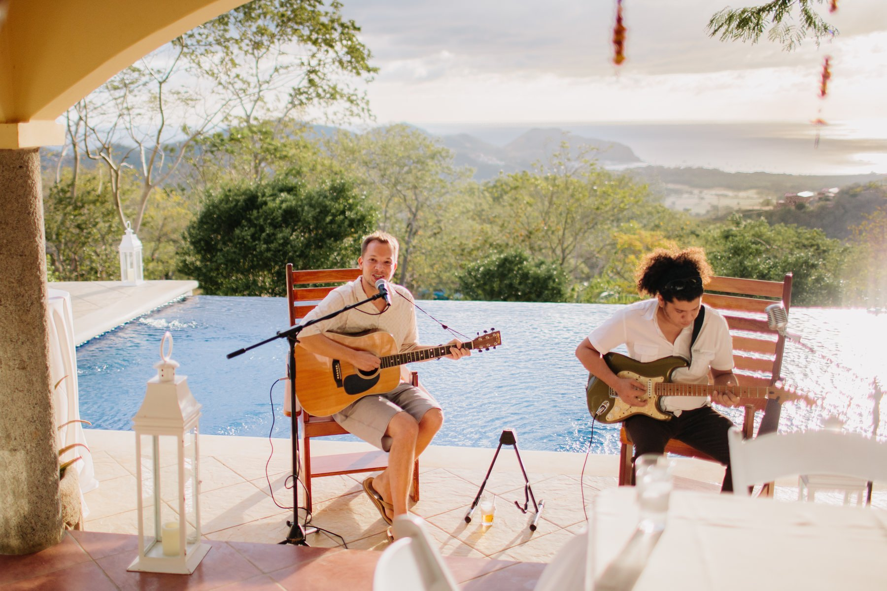 Music band playing during a wedding in Costa Rica